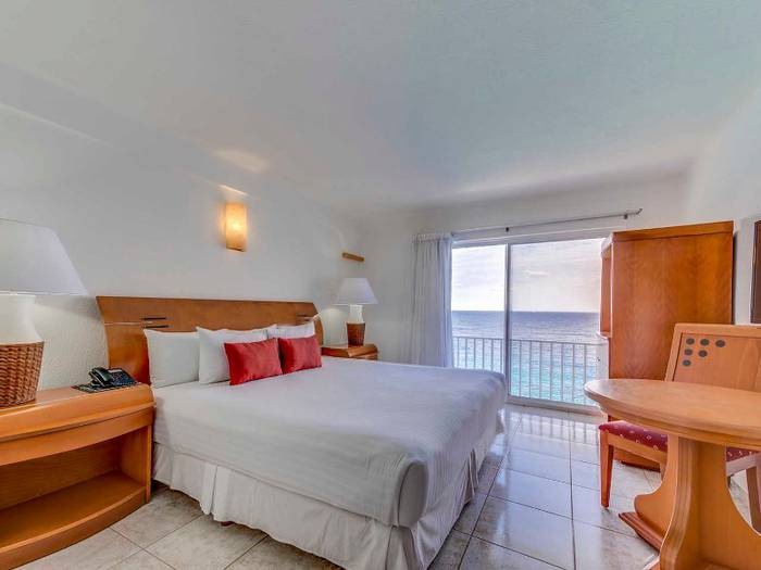 Two bedroom suite coral princess golf & dive resort hotel cozumel