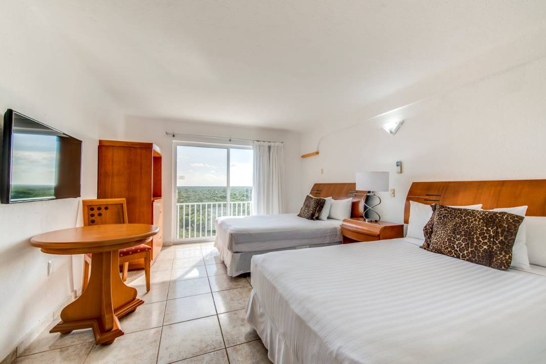Superior jungle adventure double rooms coral princess golf & dive resort hotel cozumel